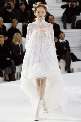 Платья от Шанель.